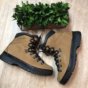 LL Bean Leather Alpine Boots